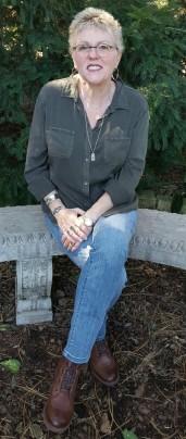 Julie Flora